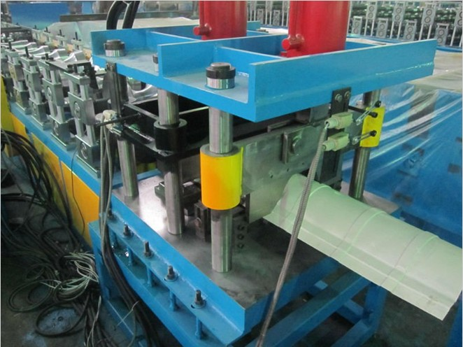 Top Cap Roll Forming Machine